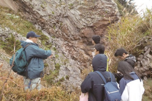 地質フィールドワーク